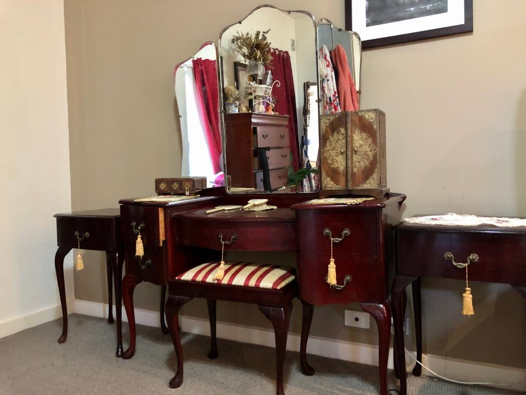 Victorian Vanity with Chair, Mirror, Accessories and Matching Bedside Tables