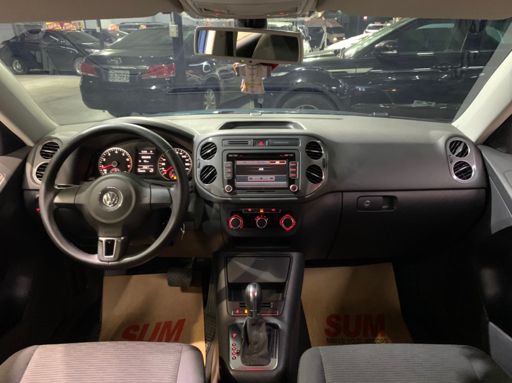 2013年 Volkswagen Tiguan 1.4TSI 特仕版 藍鷦藍