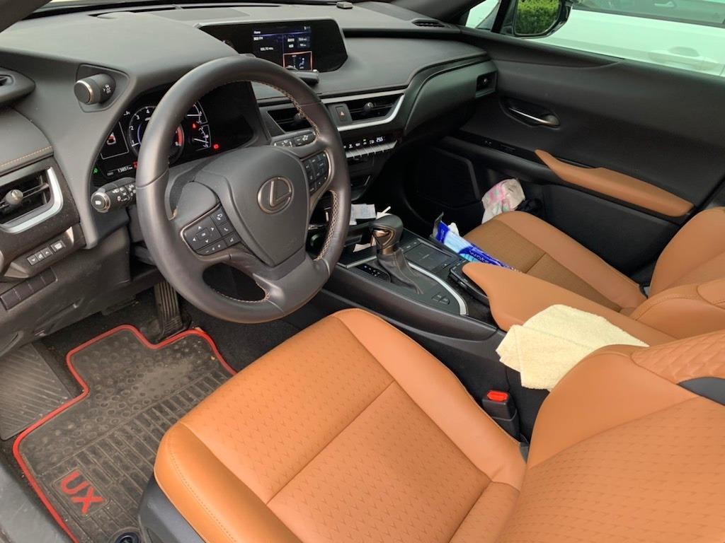 2019 Lexus UX 200 新入庫優質美車·只跑一萬多公里·全車如新
