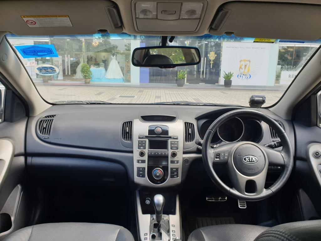 Kia Cerato Forte @ Grab Gojek Ryde Tada & Non PHV Car Rental
