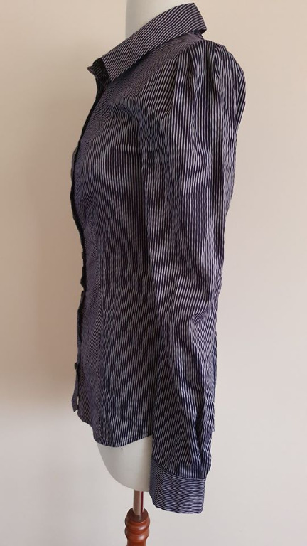 size 6 euc cue dress business shirt navy silver pinstriped