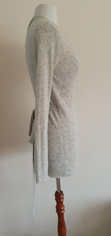 size small fits ladies 8-10 euc witchery ribbed lightweight knit cardigan grey