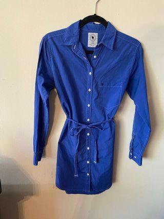 Aritzia Talula Oxford dressshirt: size XS