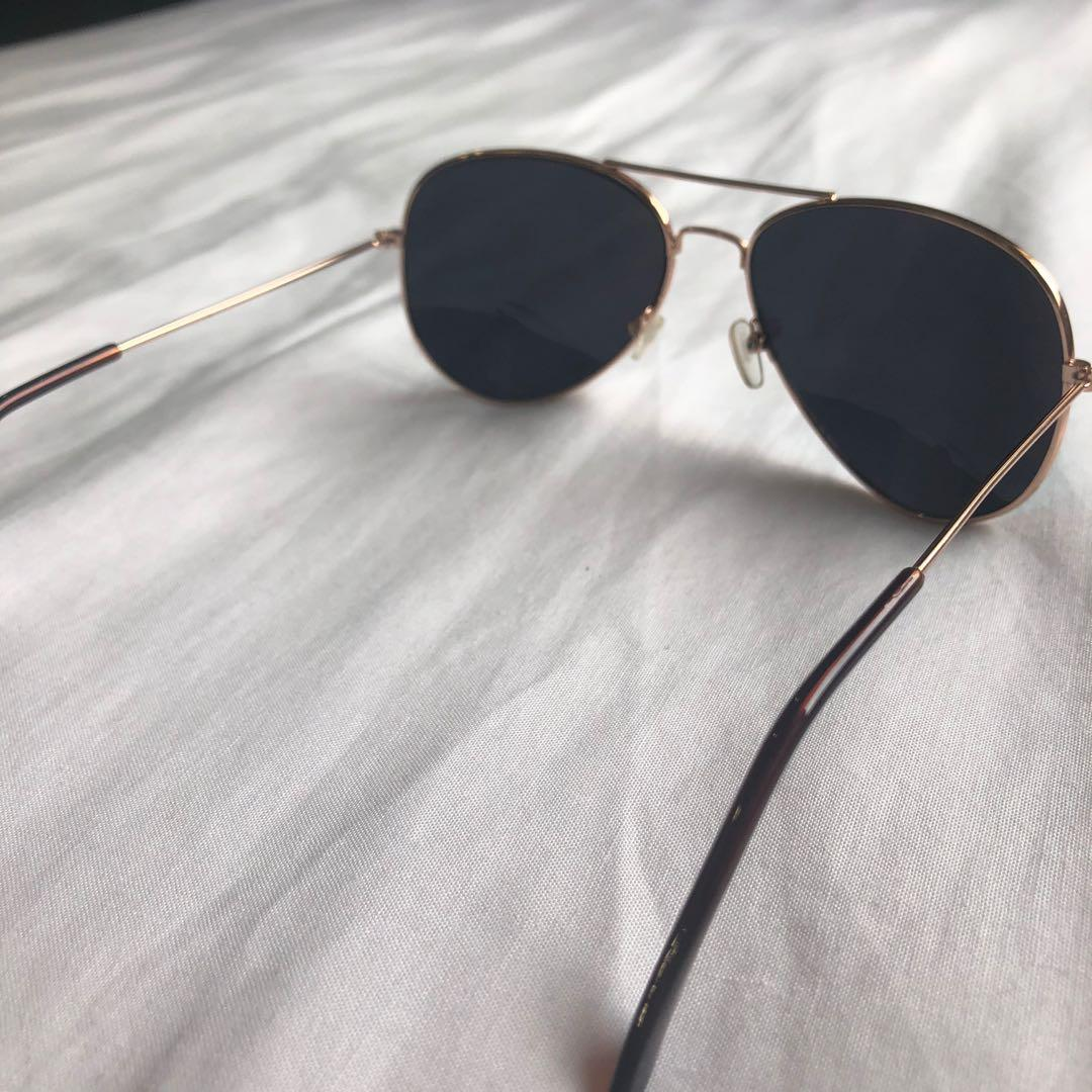 Gold Aviator Style Sunglasses with Green/Blue Lenses