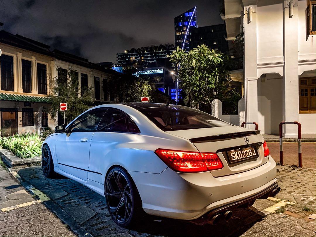 Mercedes-Benz E250 Coupe CGI BlueEfficiency (A)
