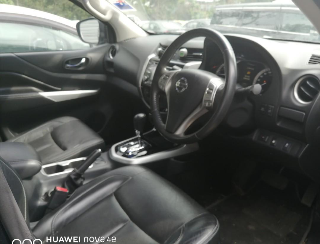 Nissan Navara NP300 2.5 VL Auto 4WD 2016 Sambung Bayar