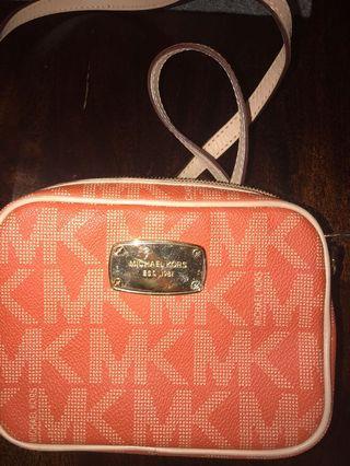 Michael kors crossbody mini bag