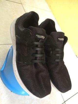 sepatu running sneakers pnb pullnbear size 45