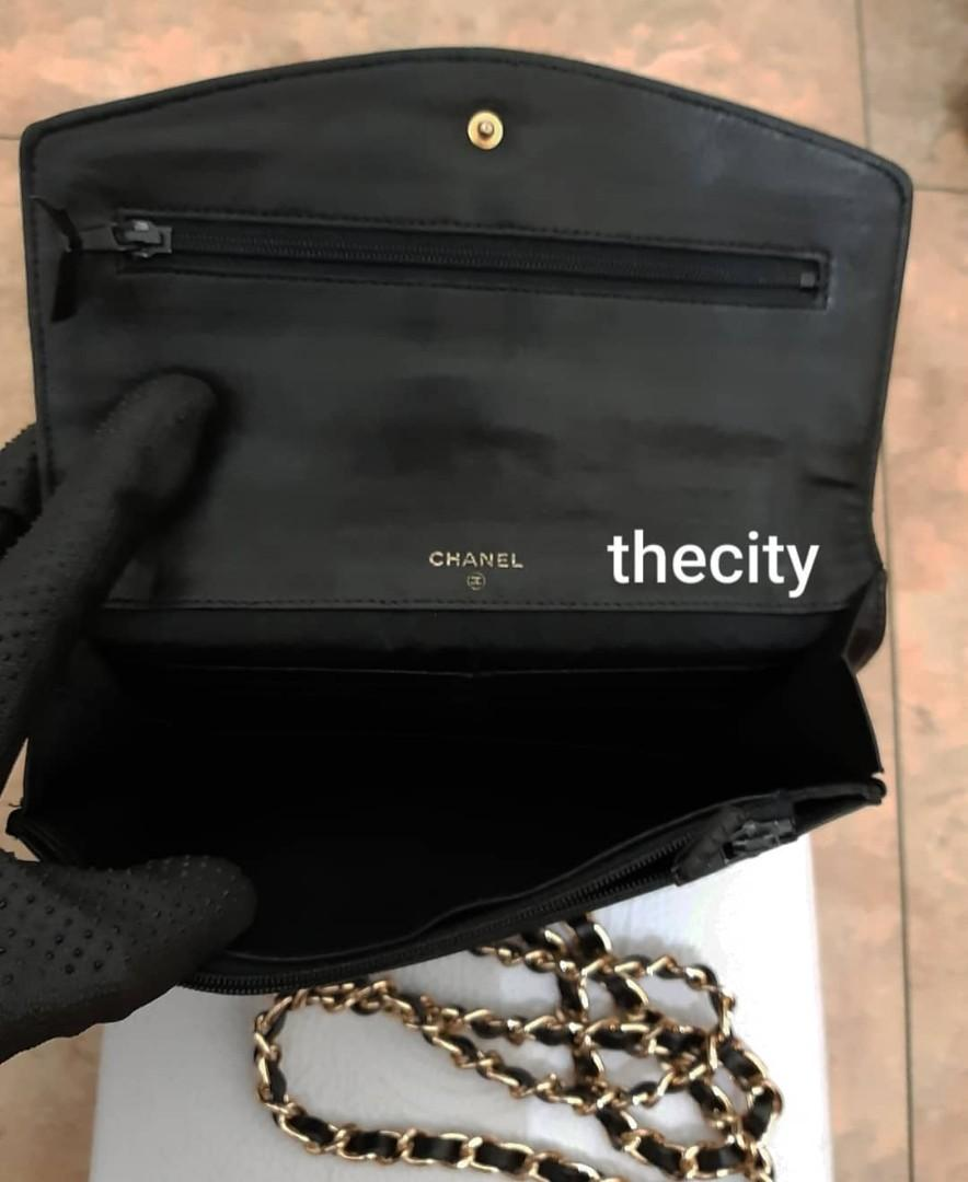 AUTHENTIC CHANEL SHINY BLACK PATENT LEATHER XL ORGANIZER POUCH/ WALLET - CC LOGO DESIGN - HOLOGRAM STICKER INTACT- CLEAN INTERIOR - GOLD HARDWARE- WITH EXTRA ADD HOOKS & LONG CHAIN STRAP FOR CROSSBODY SLING