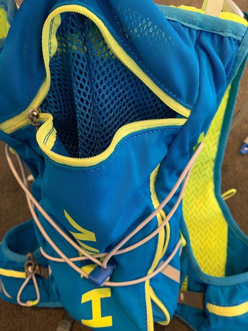 Nathan Men's VaporAir Blue/Lime Green 2L Hydration Backpack