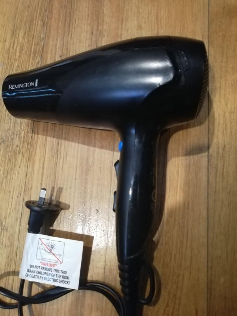 Remington Hairdryer, + Shampoo/Conditioner Bundle Kit!