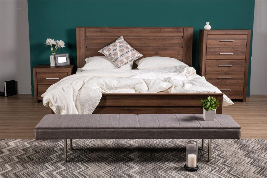 VALUE PACKAGE!!! JASON QUEEN BED WITH 2* JASON BEDSIDE TABLE WAS $780, NOW JUST$650