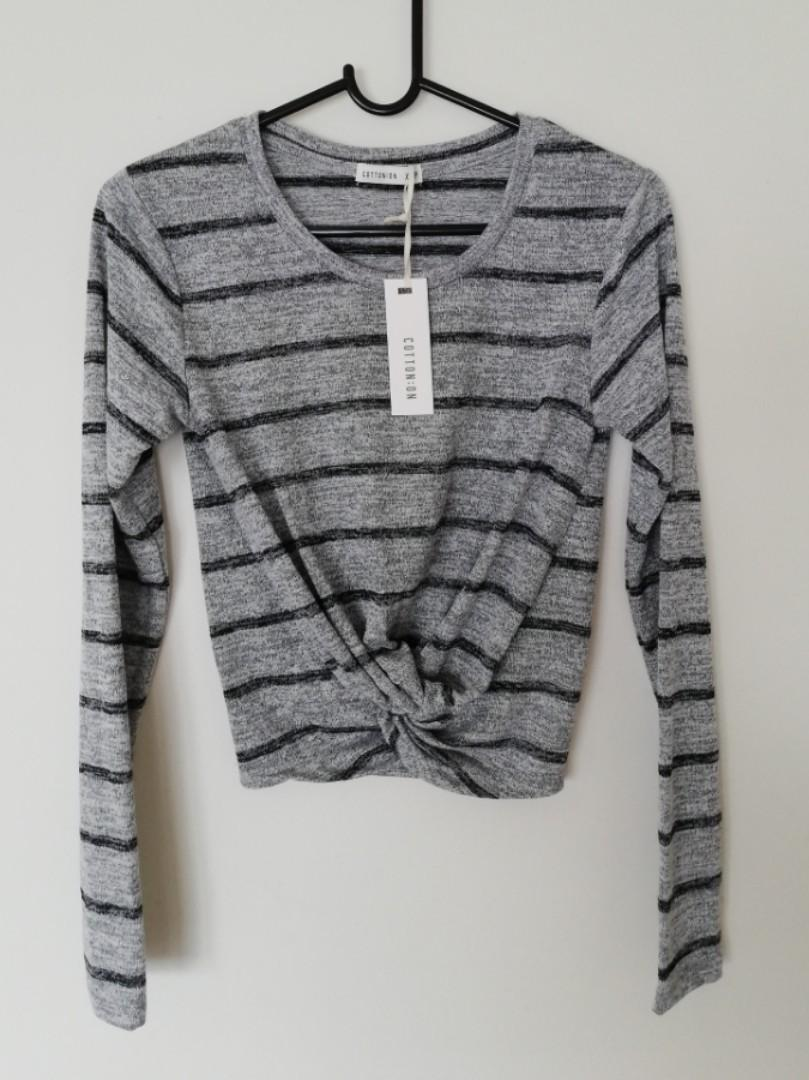 XS - Cotton On - BNWT Grey Striped Knotted Front Semi Crop Jumper/Sweater