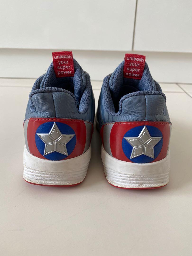 Buque de guerra George Bernard el estudio  ADIDAS - Captain America sneakers, Babies & Kids, Boys' Apparel, 4 to 7  Years on Carousell