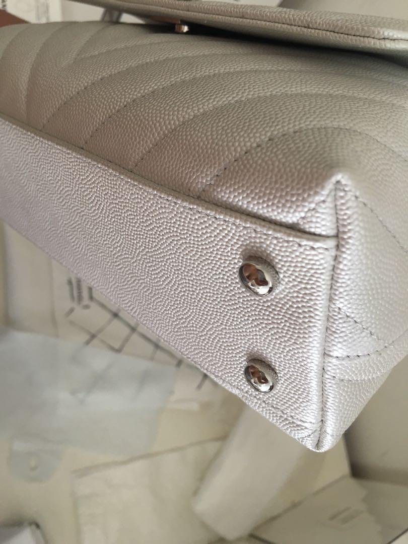 AUTHENTIC BRANDNEW COCO HANDLE PEARLY WHITE 19K COLLECTION IN MINI SHINY SILVER HARDWARE