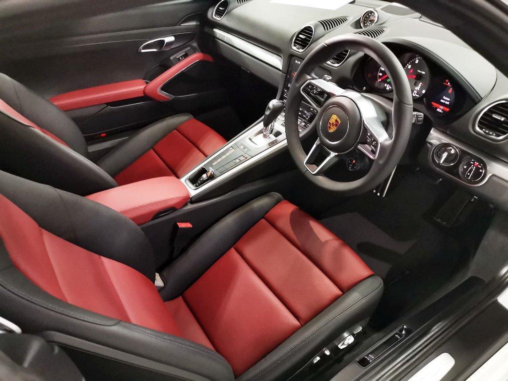 Porsche 718 2.5 Cayman S PDK Auto