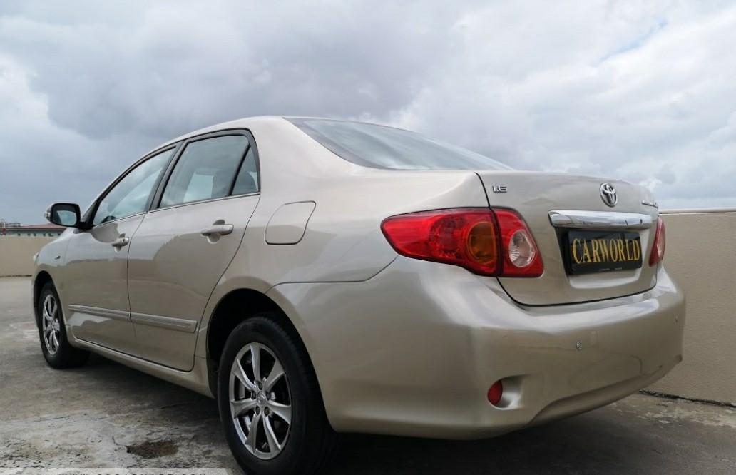 Toyota Corolla 1.6 Altis E (A)