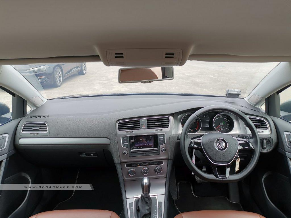 Volkswagen Golf 1.2 TSI DSG (A)