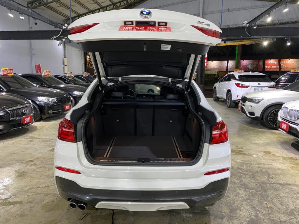 正2015年出廠 總代理頂級版 BMW X4 XDrive35I 3.0 氣油版珍珠白
