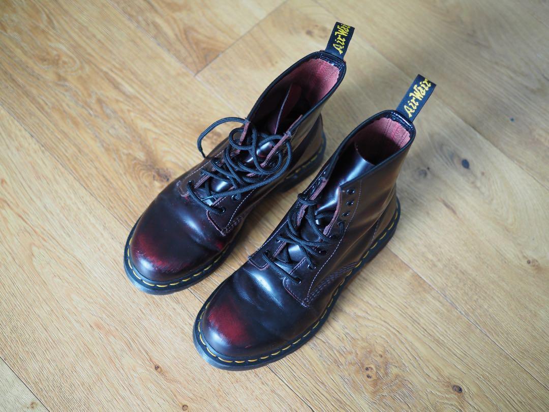 Dr Martens Smooth 8 Eye 1460 Boot Size UK 6 in burgundy/black
