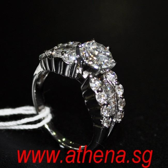 JW_DR_918 JEWELLERY 18K WG DIAMOND RING D1-1.08CTS [G/VVS1] D8-0.24CTS TD18-0.48CTS 5.45G WITH HRD CERT.