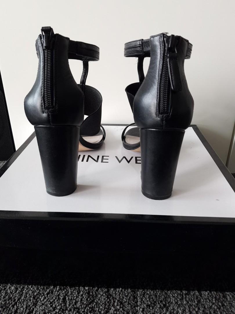 NINE WEST Size 5.5 Black Strap and Zip clasp Block Heels