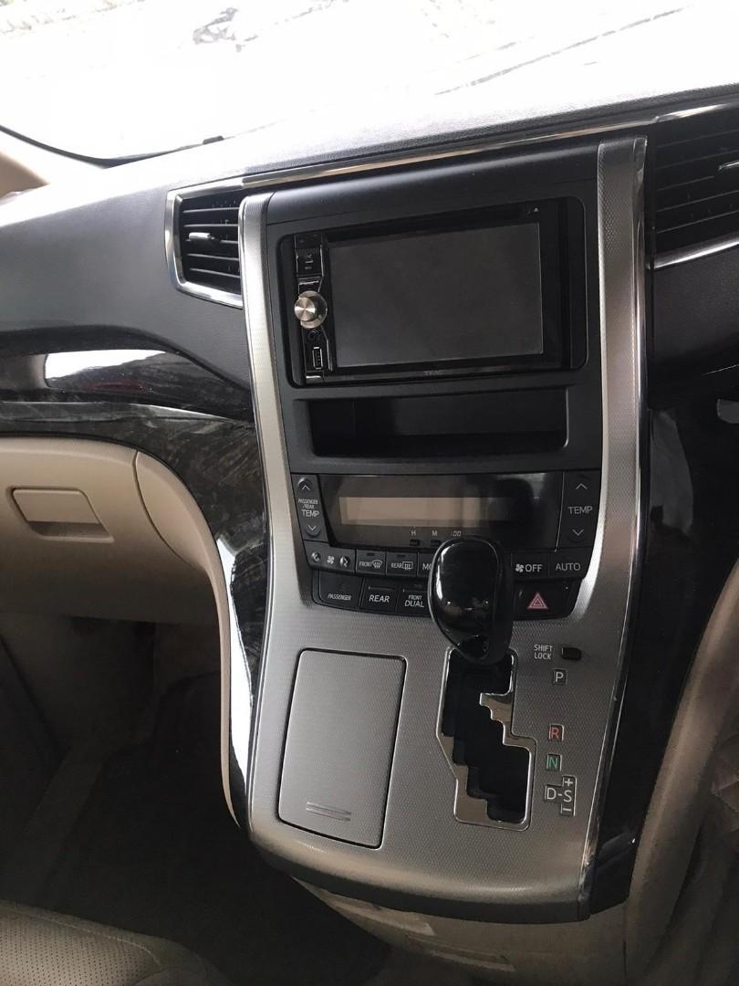 Toyota Alphard 350 v6 Auto