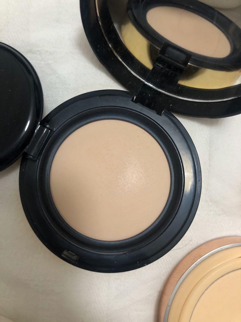 Ysl pony effect Mac cushion foundation powder bundle