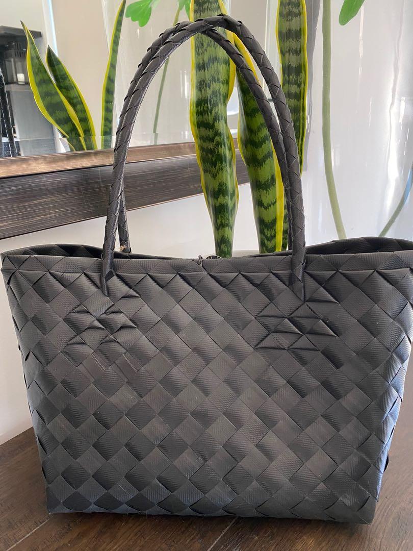 BAYONGciaga Faith Charcoal Black , Size 25x42 cm approx