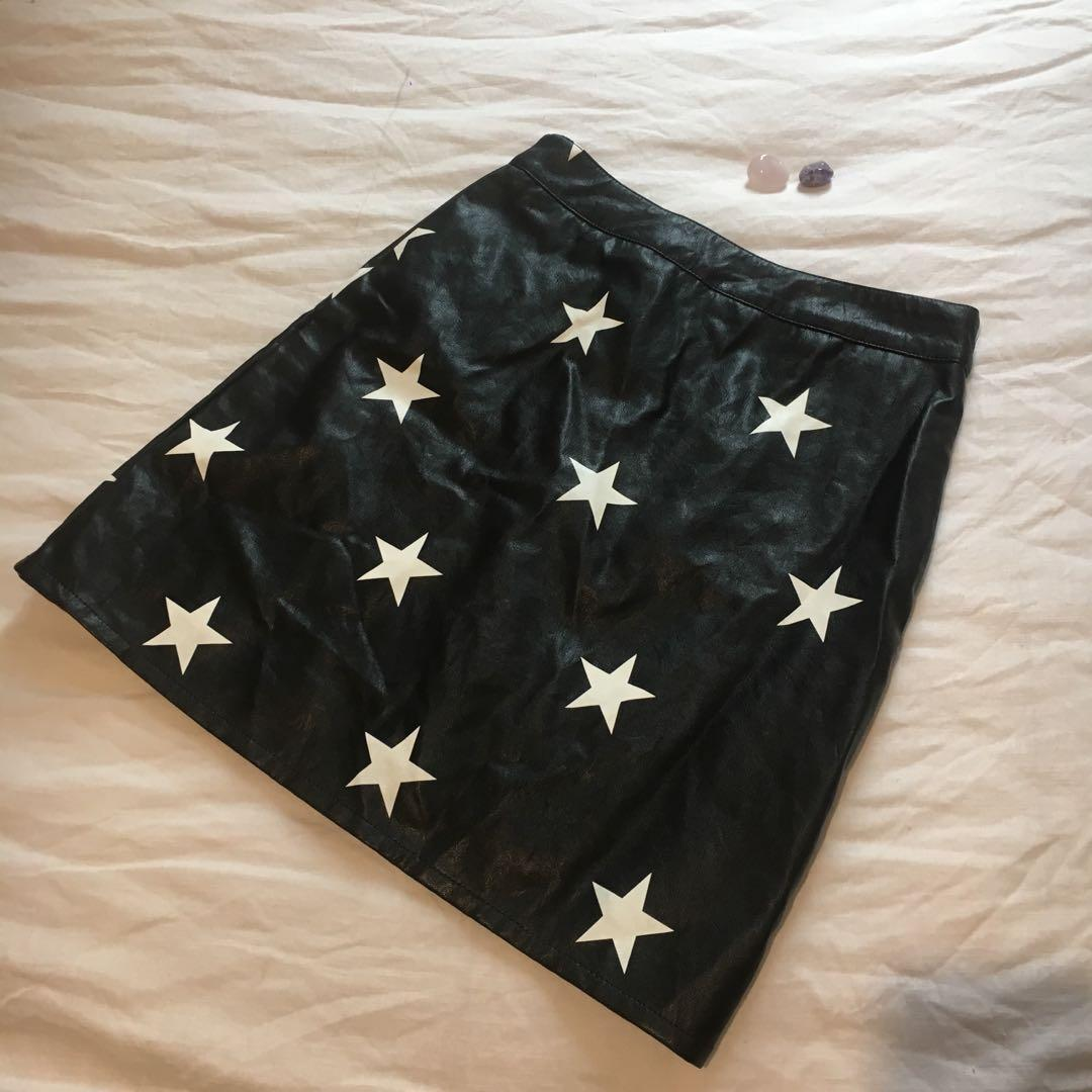 Black Vegan Leather Highwaisted Skirt with Star Print
