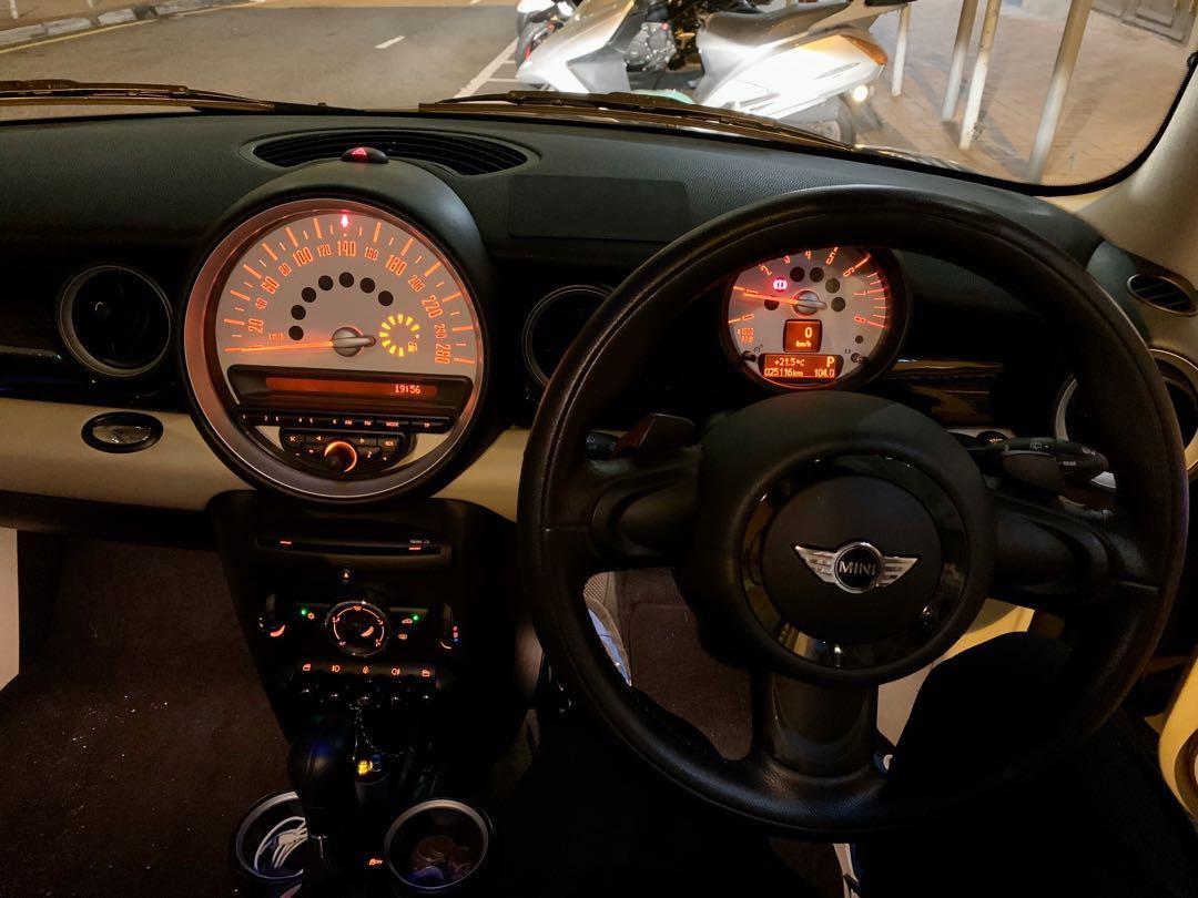 MINI Cooper 3-Dr (A)