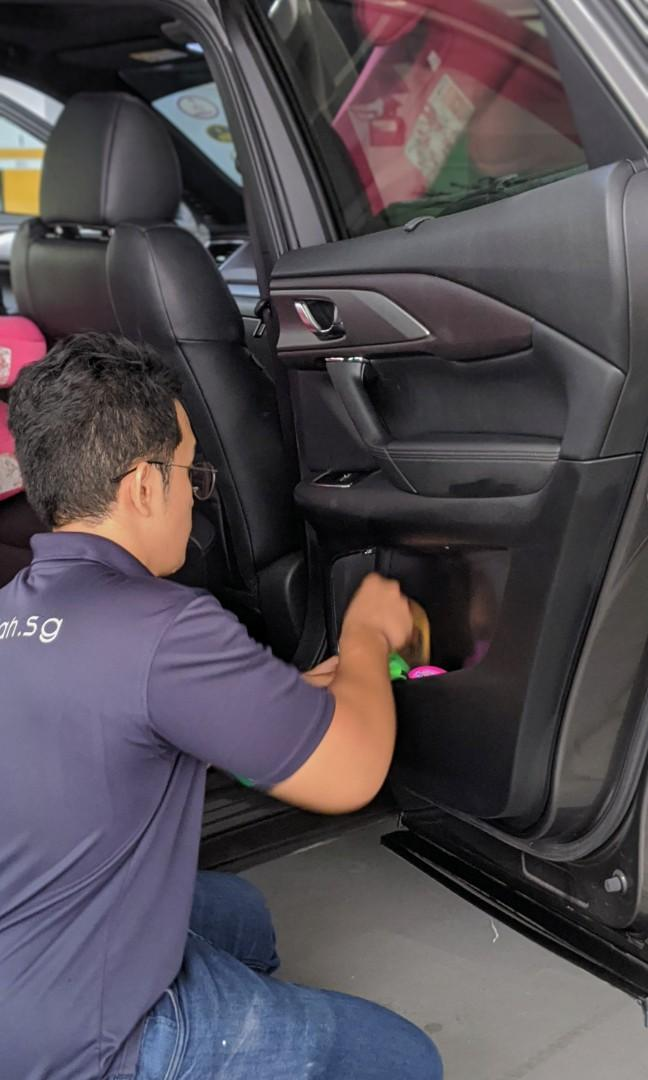 Part-time car grooming specialist