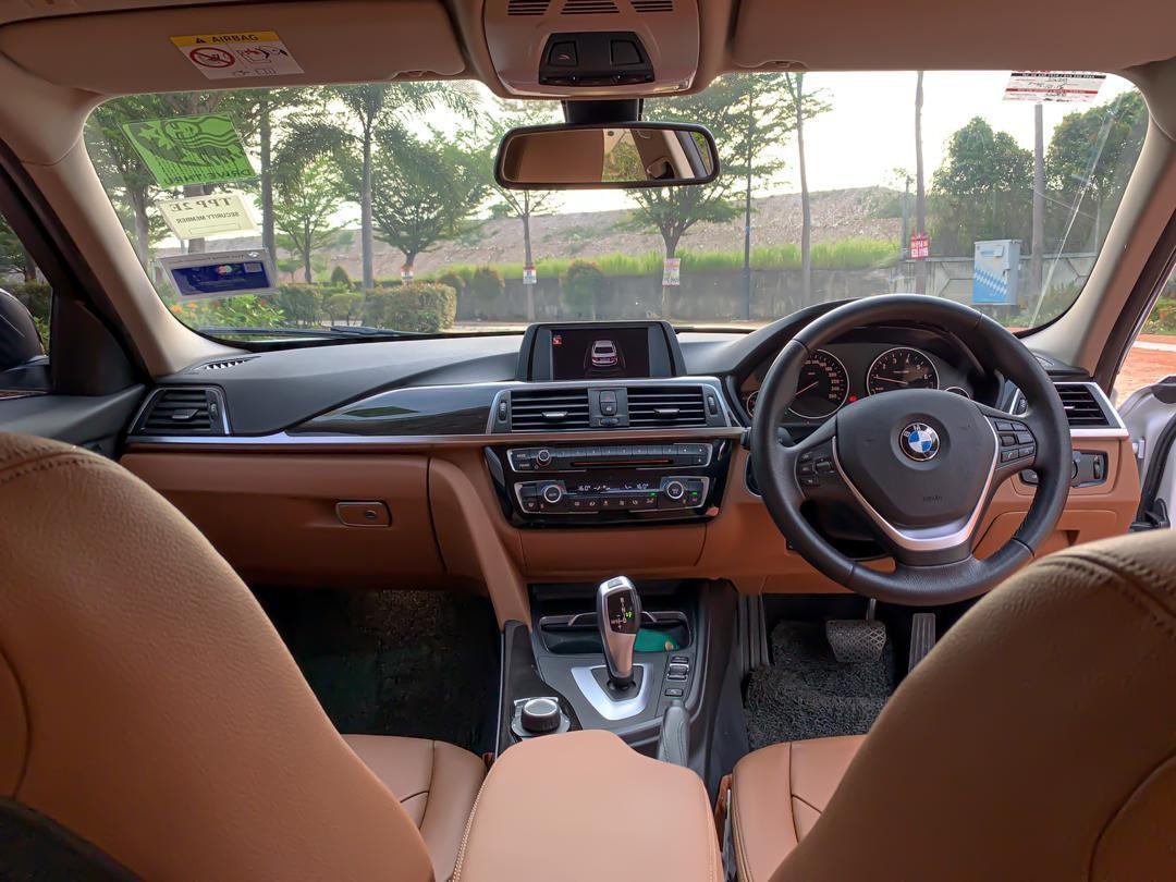 SEWA BELI>>BMW F30 318i 1.5 TWIN TURBO CONVERT M-PERFORMANCE  2017