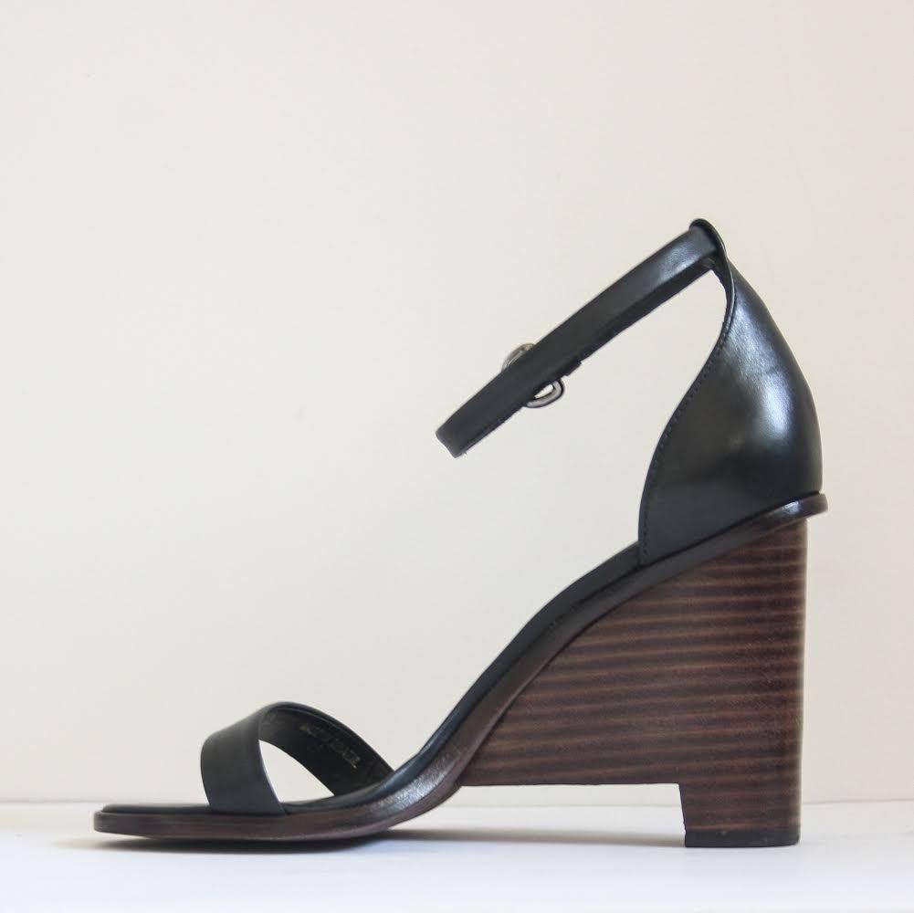 Tibi Leather Block Heeled Sandals in Black Leather Size 35