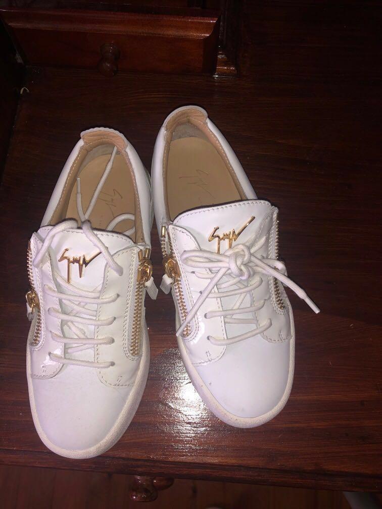 Women's Authentic Giuseppe Zanotti Design low top sneakers