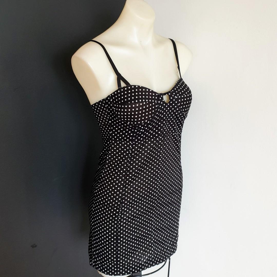 Women's size 6 'ONE TEASPOON' Gorgeous polka dot black and white cotton dress - AS  NEW