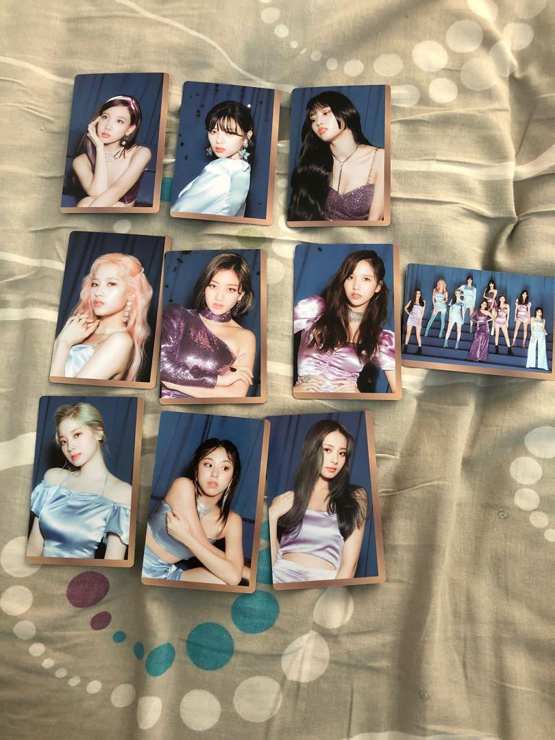 [WTS] TWICE FEEL SPECIAL OFFICIAL POSTER AND OFFICIAL PREORDER PHOTOCARD B VERSION