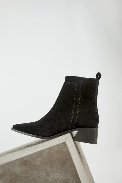 Zara Split Leather Heeled Ankle Boots 39 (fits large)