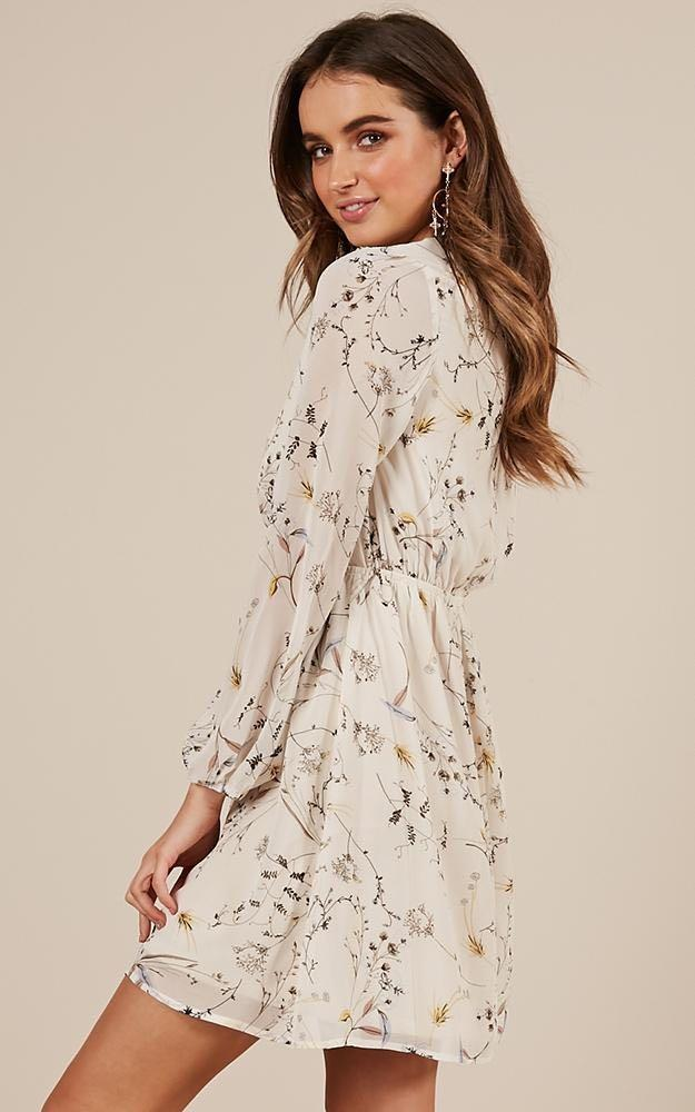 Showpo - As I Said dress in white floral - size 10