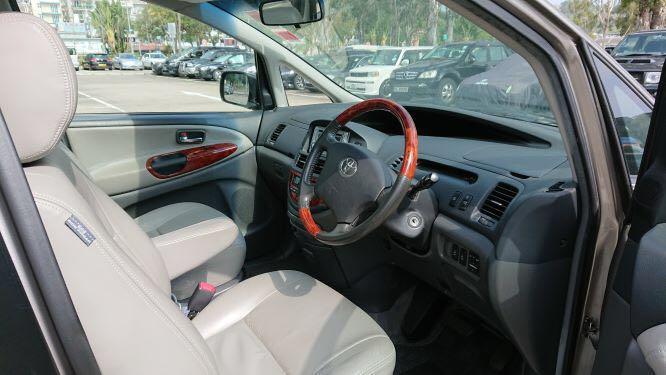 Toyota Previa - Auto