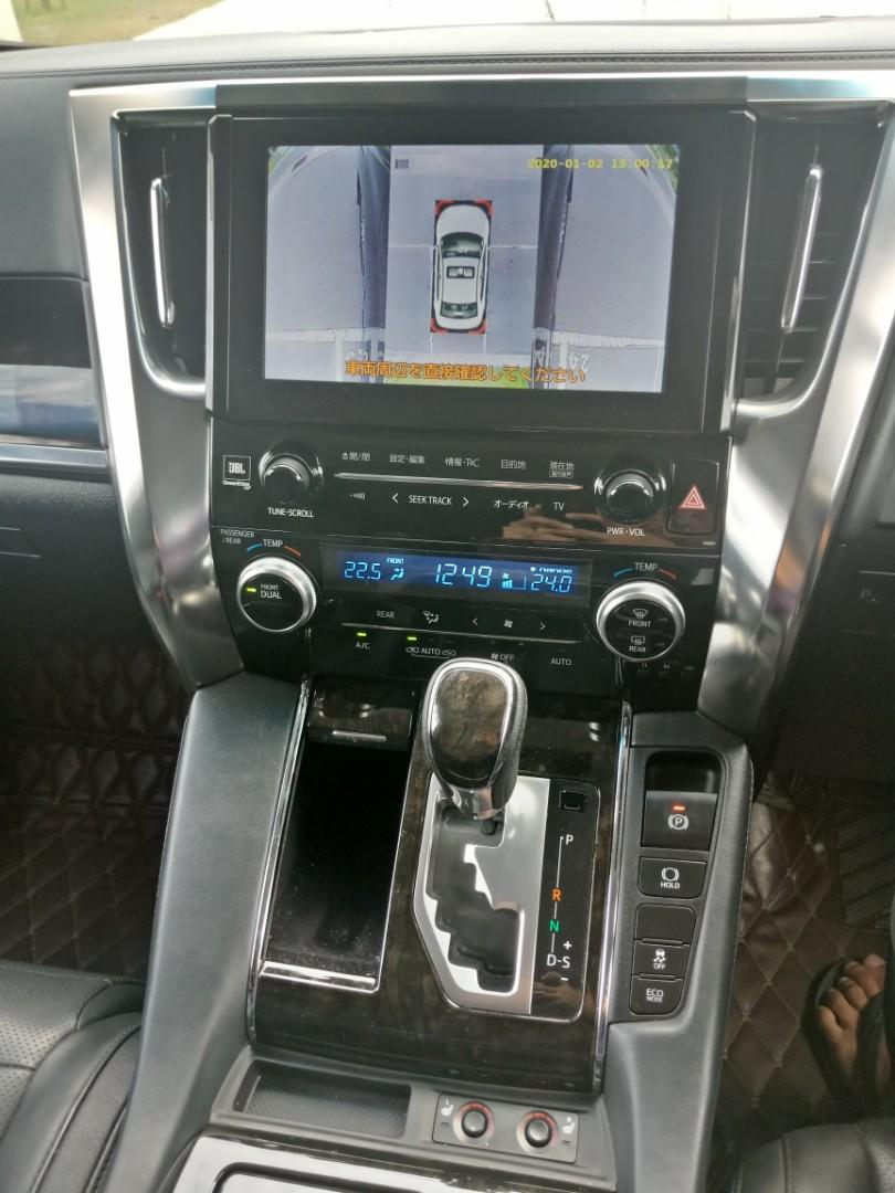 Toyota Vellfire Robot ZAG 3.5(A) MPV Sewa Selangor KL