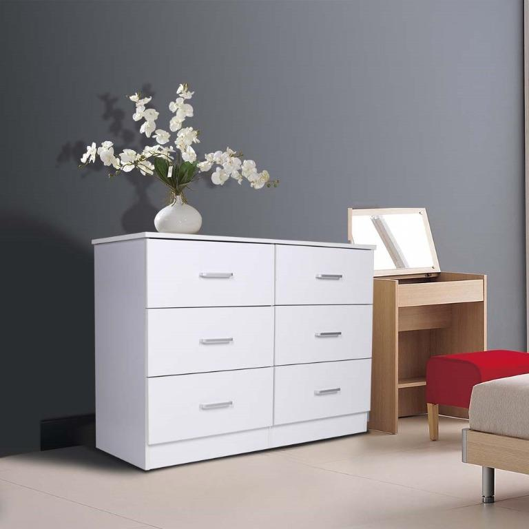 VALUE PACKAGE!!!REDFERN 4 DRAWERS CHEST/TALLBAY + 6 DRAWERS CHEST/LOWBOY WAS$410, NOW JUST $380!!!