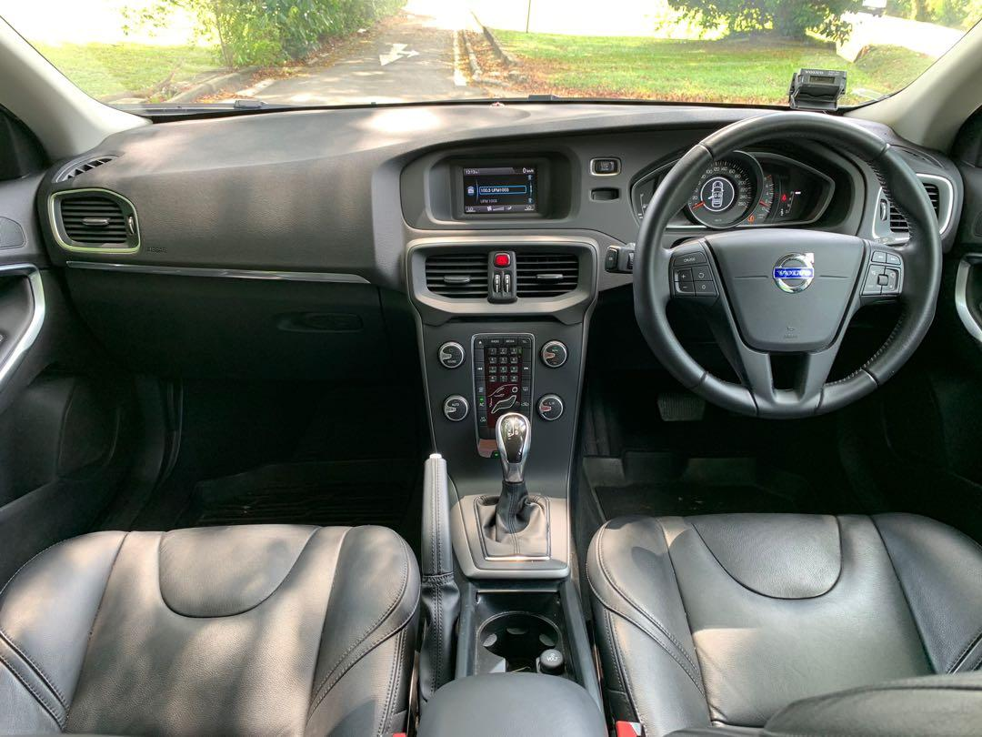 Volvo V40 1.5 Sport T2 (A)