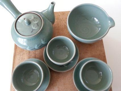 Traditional Korean Teapot Set