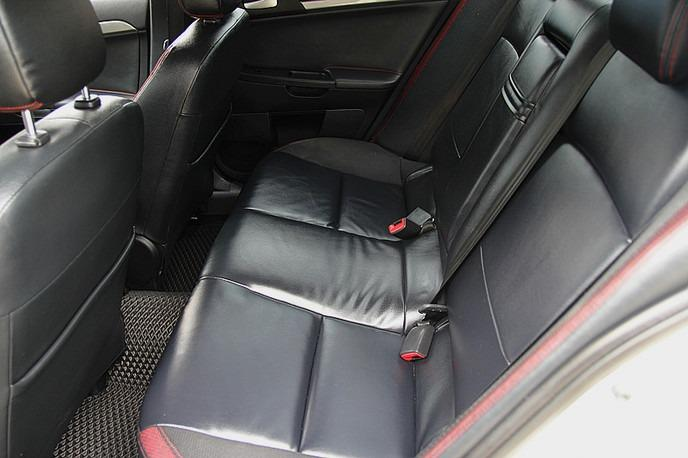 2010年 Fortis 1.8 FB:300%優質中古車