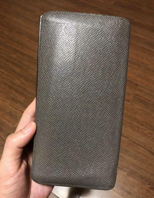 7/10 condition, authentic |-80%off,Louis Vuitton long Wallet, original price HKD6,100 (from an individual who bought in HK in 2014)
