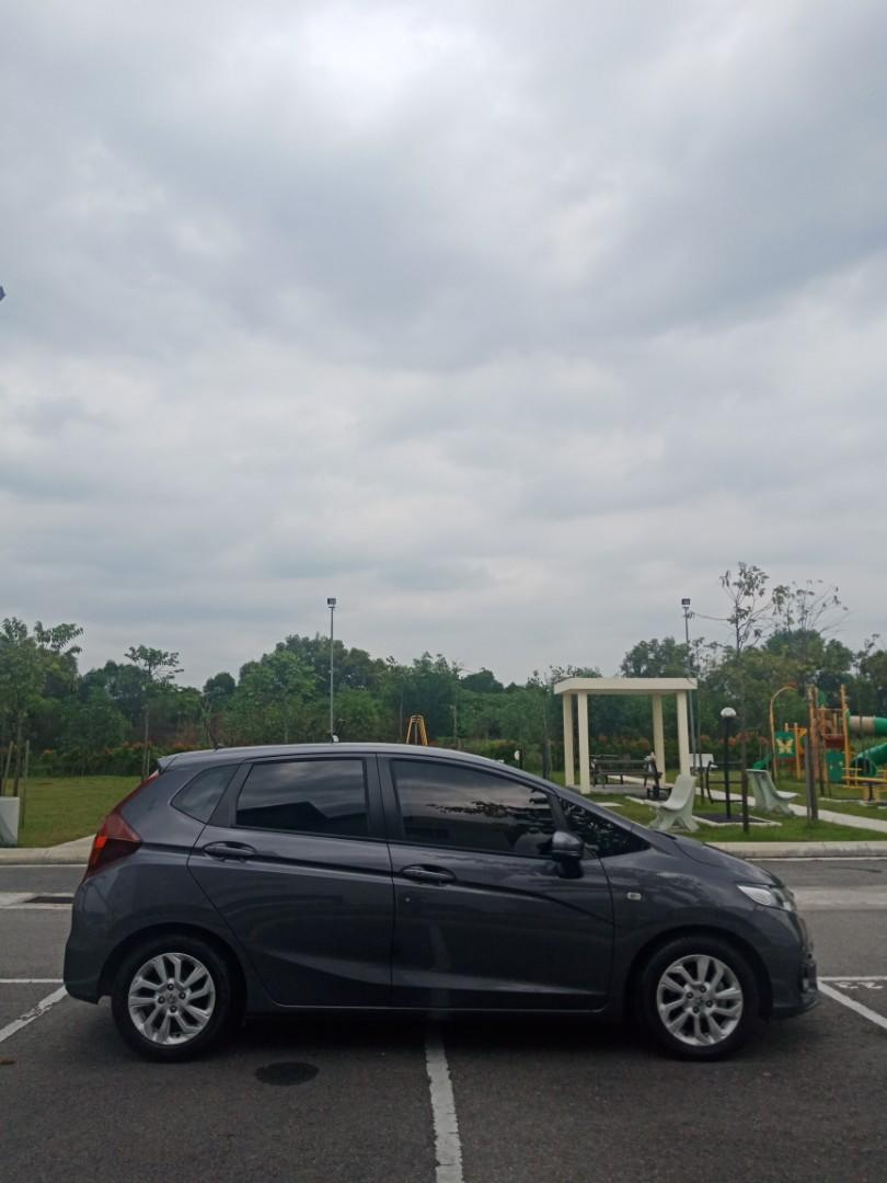 Honda Jazz 1.5E(A) Kereta Sewa Paling Cantik Selangor KL