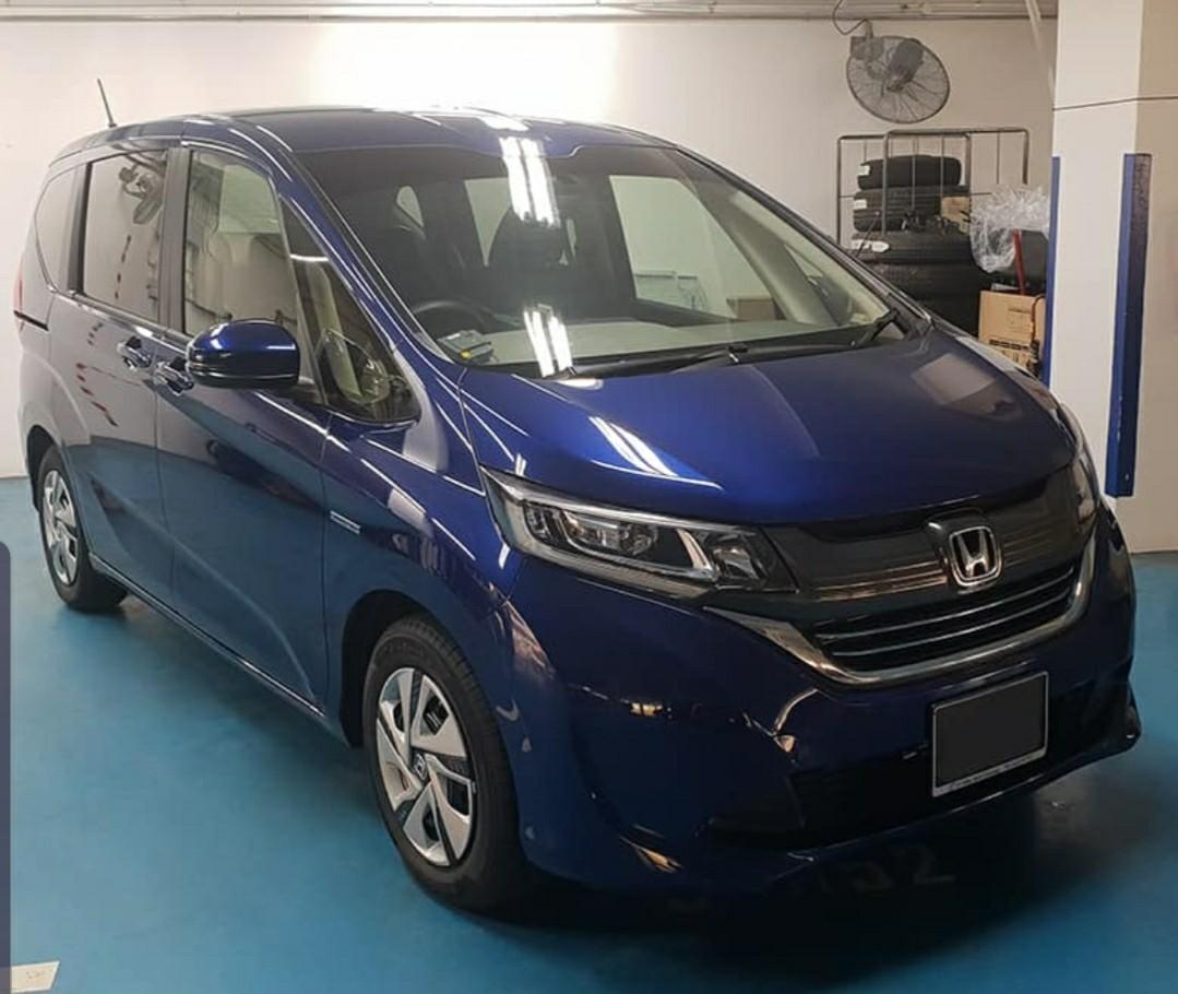 (PHV) Honda Freed Hybrid for Rent (1/2 day)