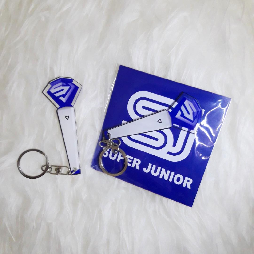 Super Junior Fanlight ver. 2 Keyring (gantungan kunci)