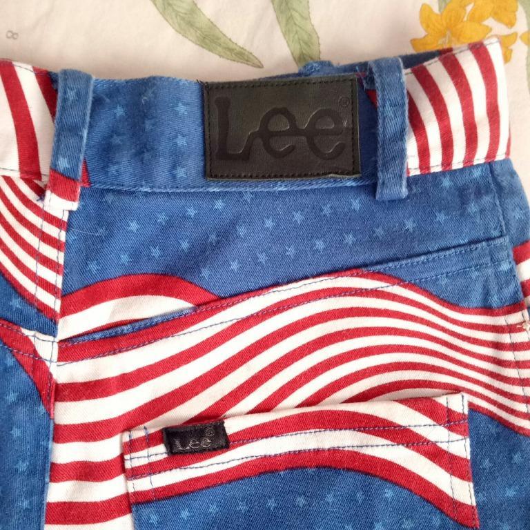 Vintage Lee stars & stripes high waisted denim shorts ⭐